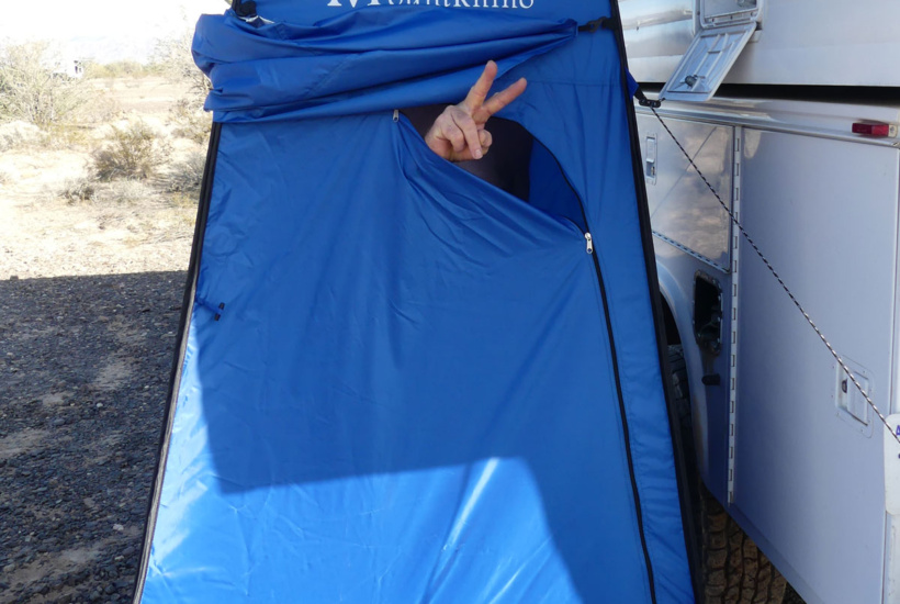 Privacy and shower pop-up tent