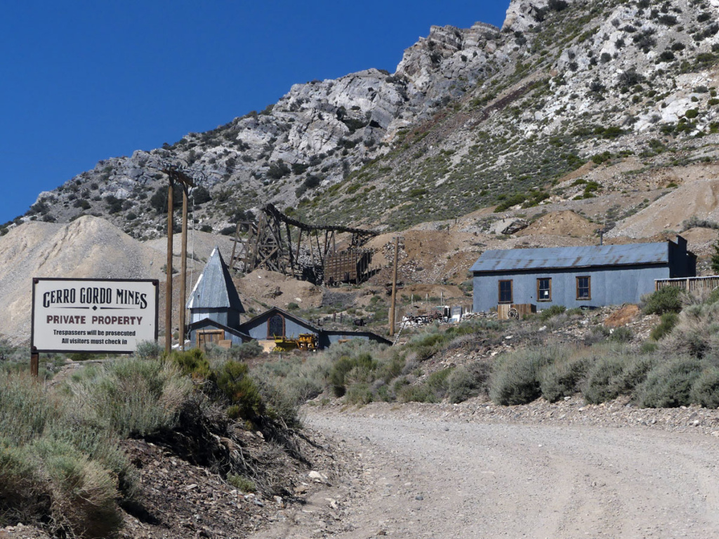 entry to Cerro Gordo